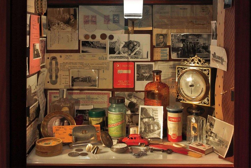Una vitrina del Museo de la inocencia